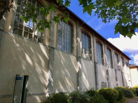 Pau Court Exterior (South) IMG_0846